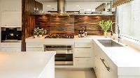 Xu hướng sử dụng gỗ nhựa PVC cho tủ bếp hiện đại